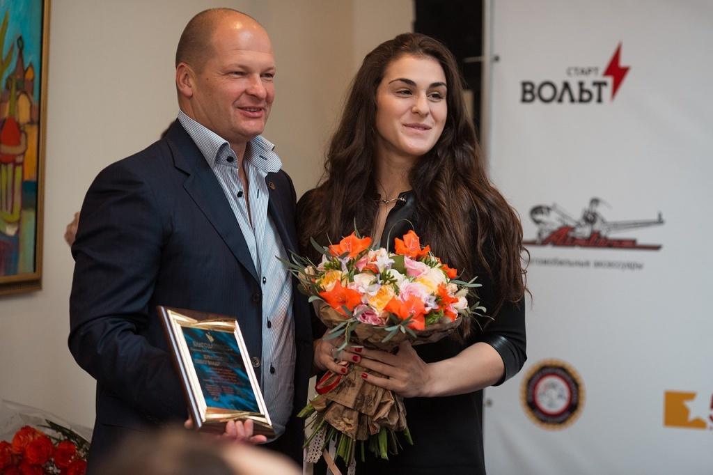Павел Бурлуцкий, генеральный директор УК «КАРВИЛЬ» и Наталья Воробьева